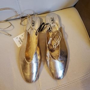 NWT Zara golden sandals,  39